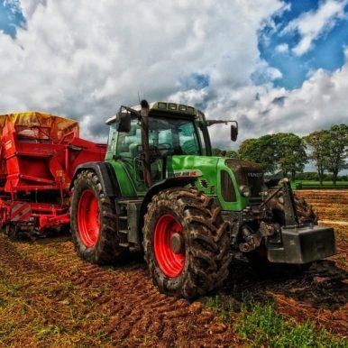 Tractor Grain Mixer Rural Farm  - 12019 / Pixabay
